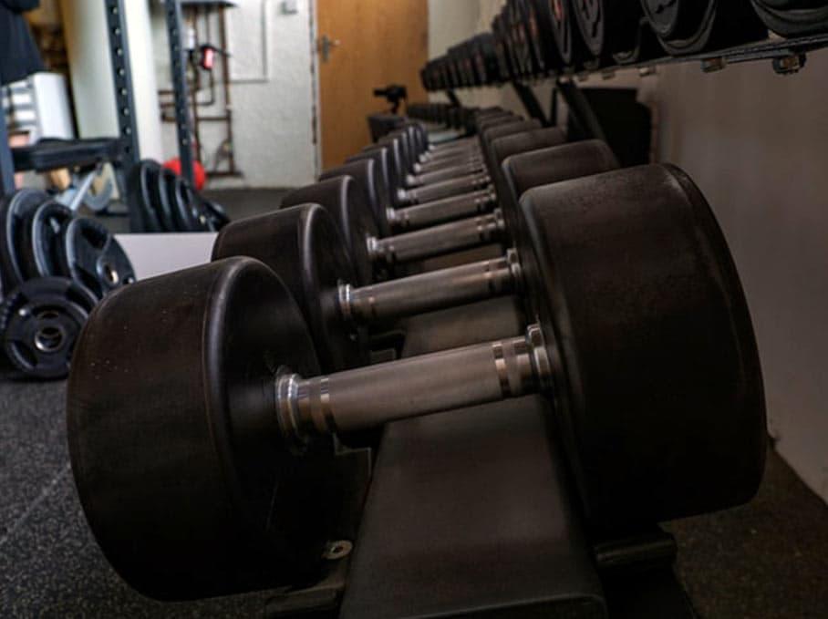 garage2fitness-garage-gym-workout