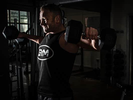 garage2fitness-weight-training-shoulders